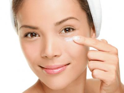 Under eye cream Versa skin care products